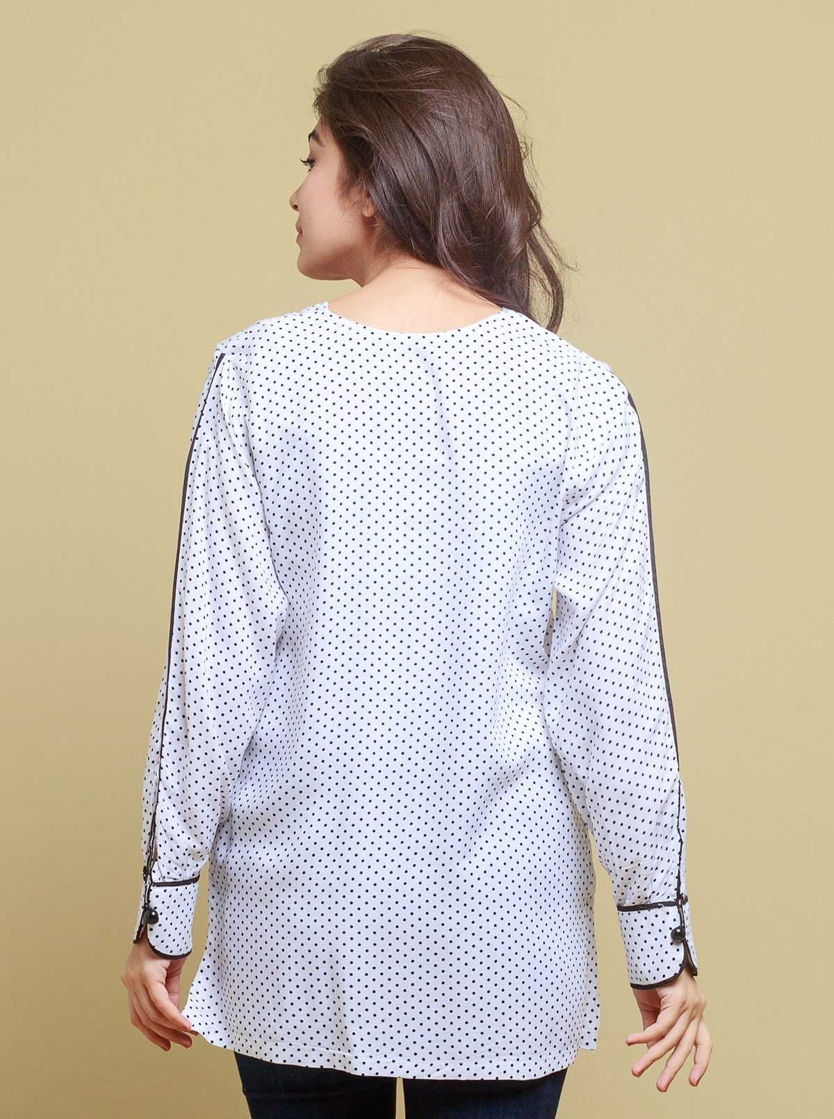 /2019/05/beechtree-absolute-collection-silk-top-bts18-m-abs-441-white-image2.jpeg