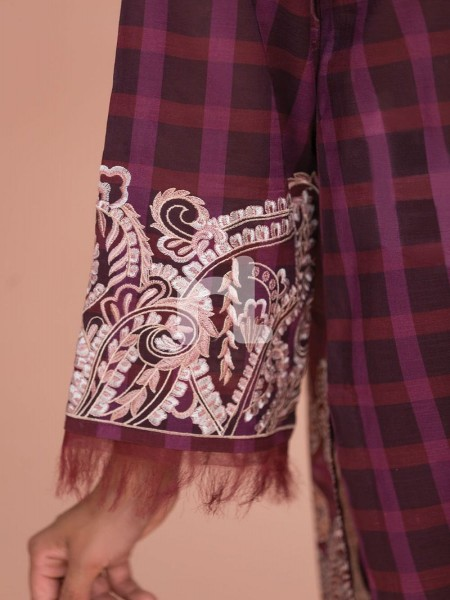 Nishat Linen 41907501-Silk Chiffon, Slub Lawn & Cambric - Maroon Digital Printed Embroidered 3PC