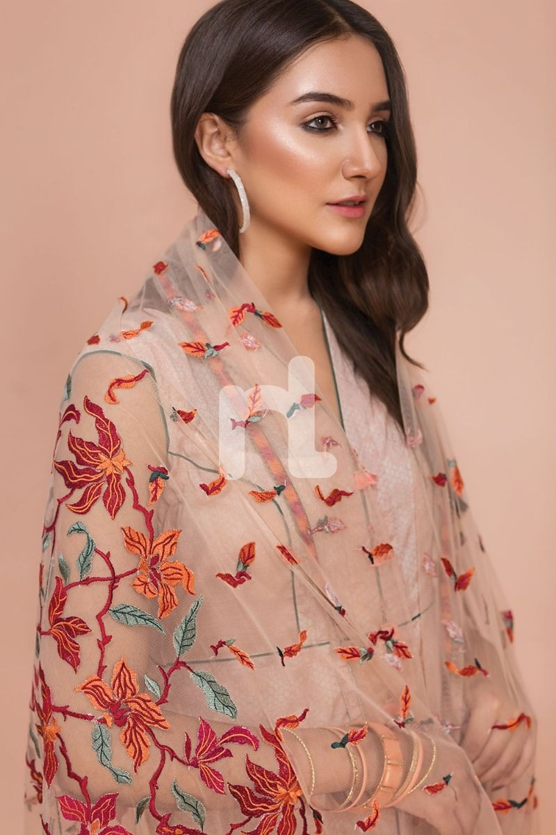 /2019/07/nishat-linen-41907528-net-lawn-cambric-peach-digital-printed-embroidered-3pc-image1.jpeg