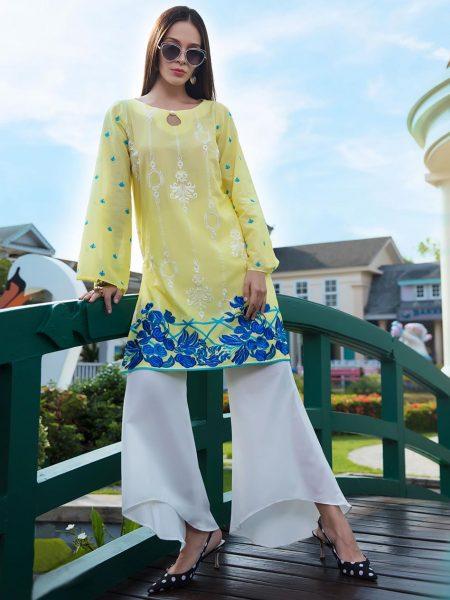Zainab Chottani Social Butterfly