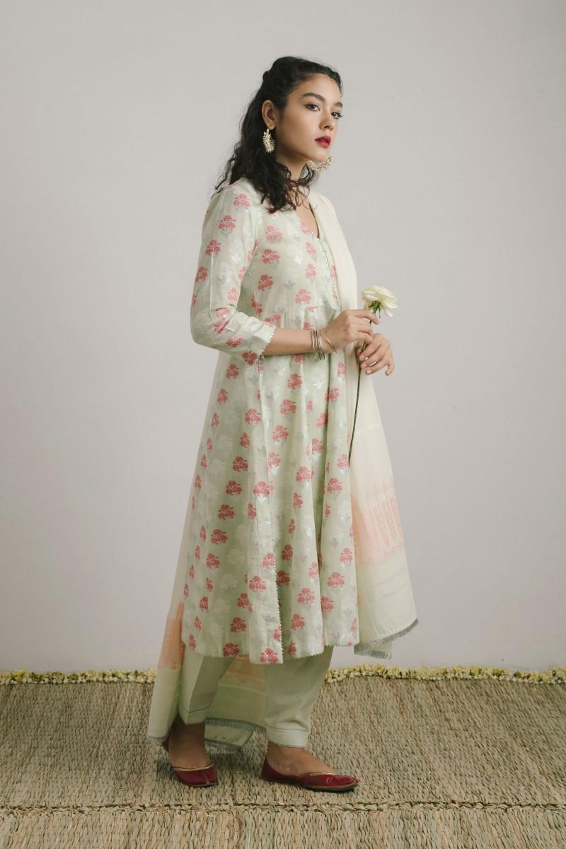 /2019/07/zara-shahjahan-mid-summer-collection-zc-1373-image1.jpeg