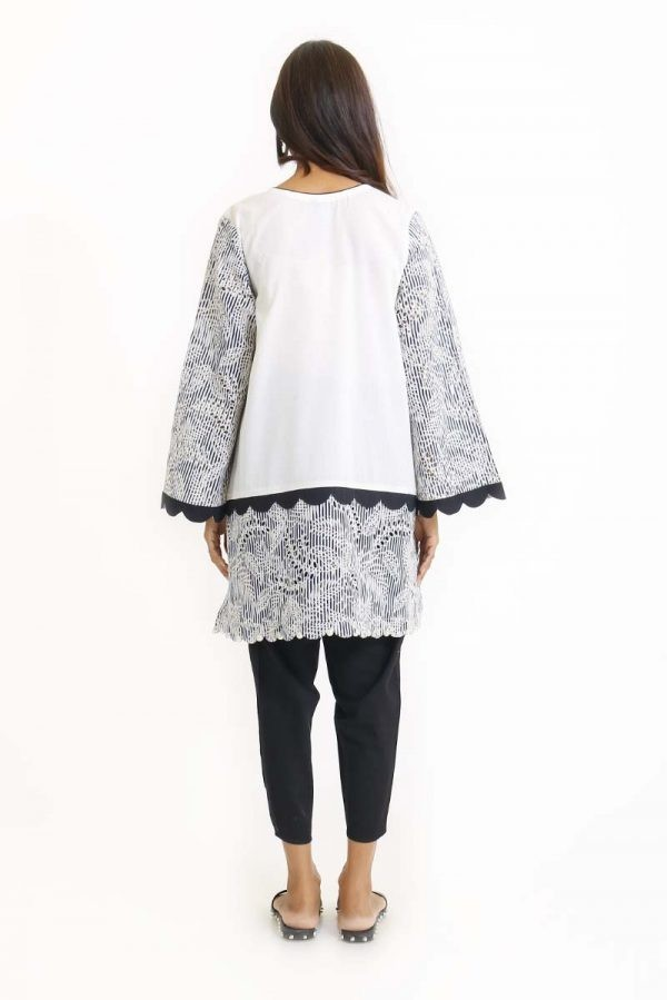 /2019/08/ego-feathered-off-white-kurta1-image1.jpeg