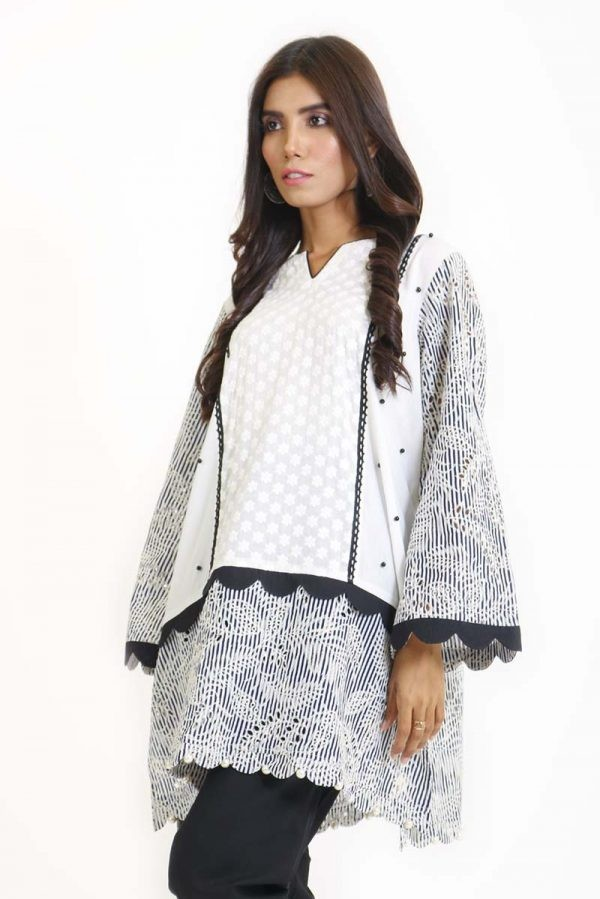 /2019/08/ego-feathered-off-white-kurta1-image2.jpeg