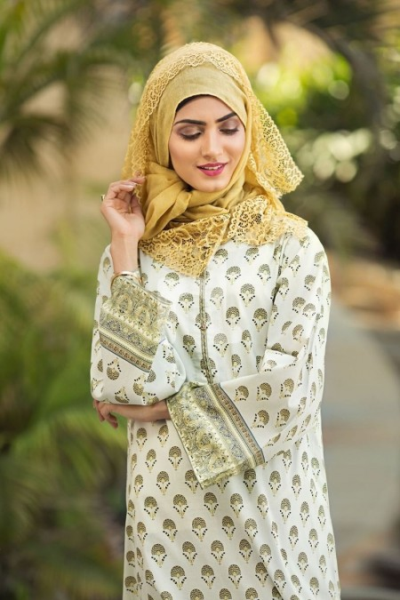 Nishat Linen DS19-57 Off White Digital Printed Stitched Cambric Jalabiya 1PC