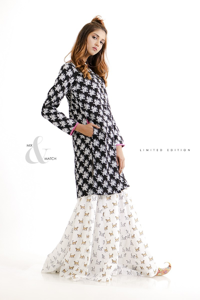 /2019/09/ego-monochrome-collection-flowers--black-kurta-image1.jpeg