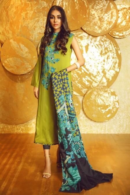 Alkaram Studio 3 Piece Printed Twill Viscose Suit with Twill Viscose Dupatta FW-17-19-Green
