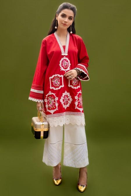 Ammara Khan QueenBee RTW-A19-112
