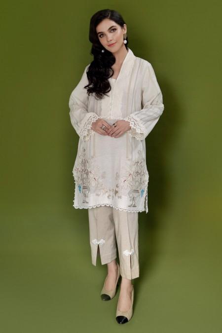 Ammara Khan QueenBee RTW-A19-115