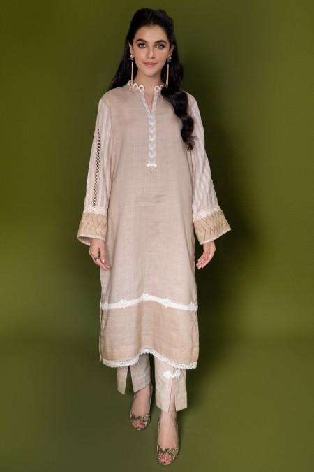 Ammara Khan QueenBee RTW-A19-118
