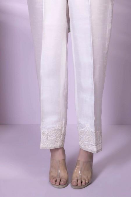 Sapphire Queen White00SPELUX1601-XSM-WHT