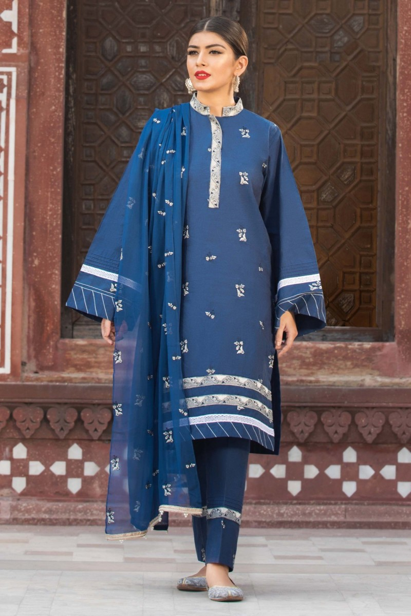 /2019/10/sapphire-winter-19-unstitched-collection-bohemian-blue002dyestm806-image1.jpeg