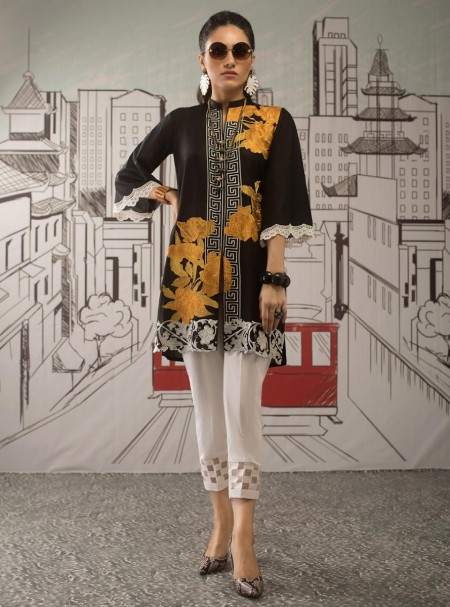 Zainab Chottani Black topaz 100056
