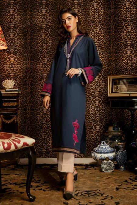 Ammara Khan RTW-W19-W01