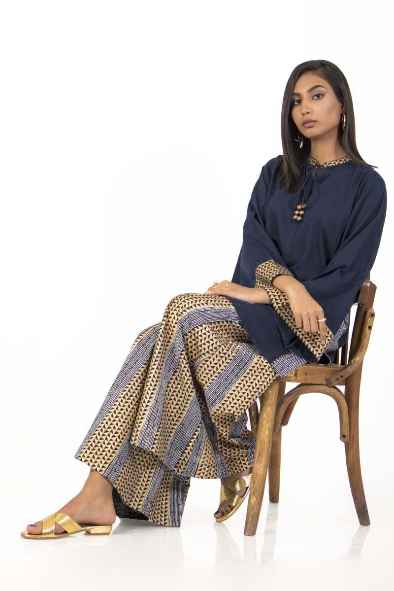 /2019/12/ego-winter19-essentials-gotta-rani-2-piece-kurta-and-pants-egn-127-image2.jpeg
