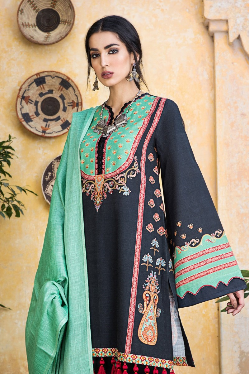 /2019/12/ethnic-by-outfitters-winter-unstitched-collection-gulmohar-wuc491385-10230464-ws-067-image2.jpeg
