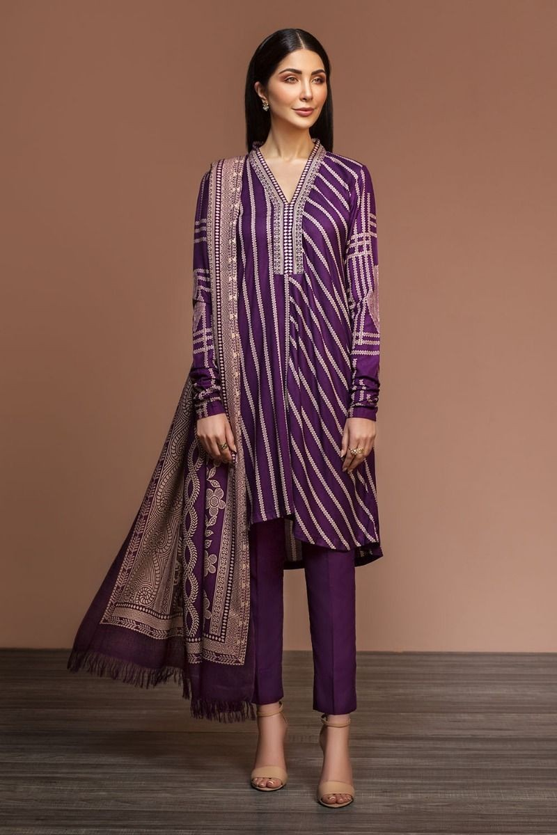 /2019/12/nishat-linen-winter19-unstitched-41901069-linen-mix-wool-red-printed-3pc-image2.jpeg