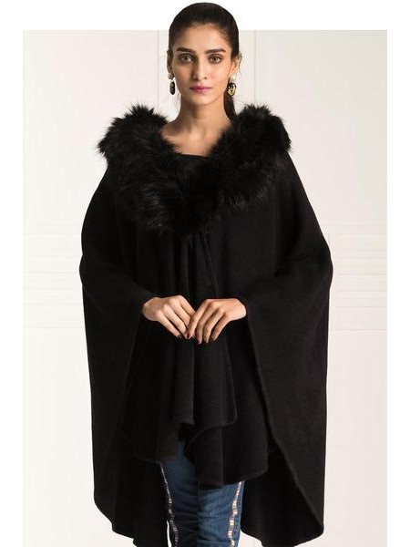By The Way Sweater Covered & Fur WRW0364-REG-BLK