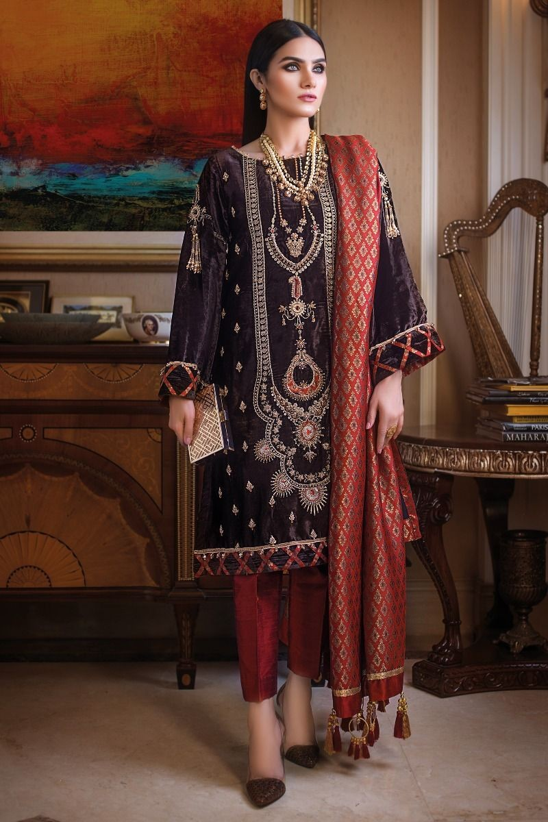 Gul Ahmed 3pc Hand Embroidered Velvet Suit Vlw 20 W Fb Nsm 19 226131 Lawncollection Pk