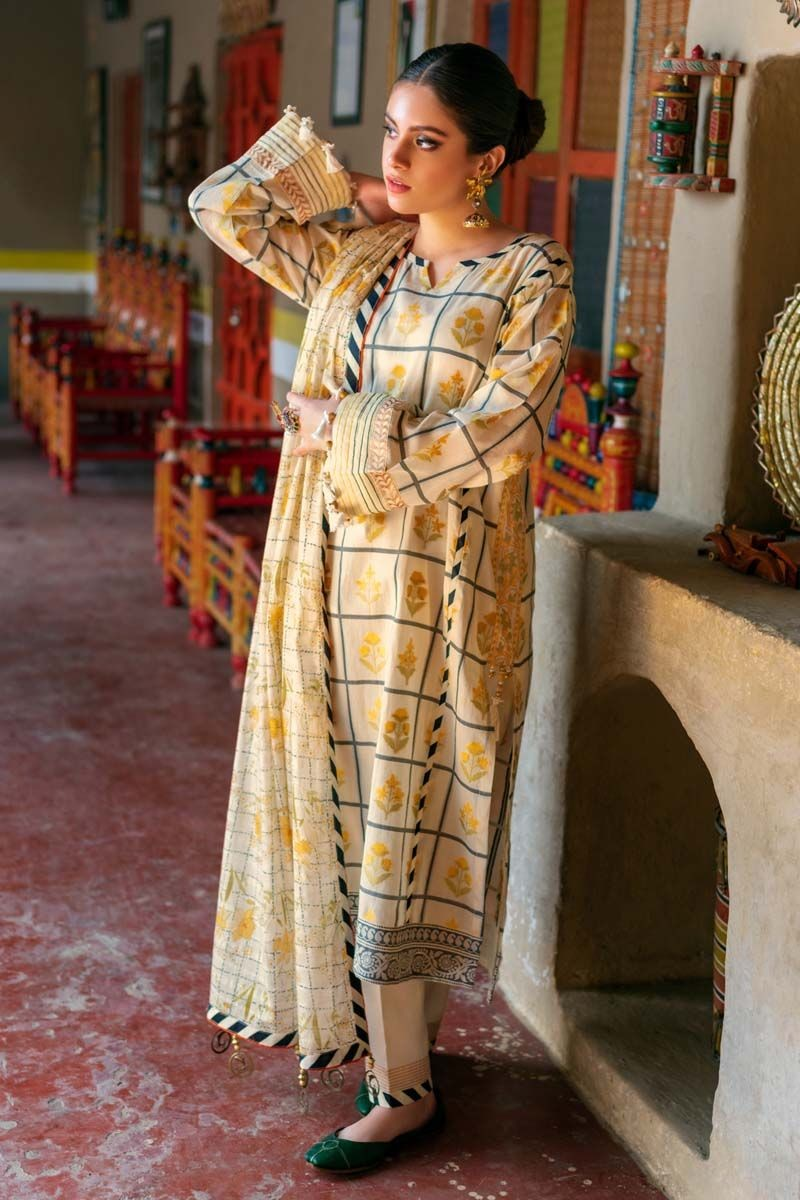 /2020/02/gul-ahmed-summer-lawn20-3pc-unstitched-embroidered-lawn-suit-tr-03-image3.jpeg