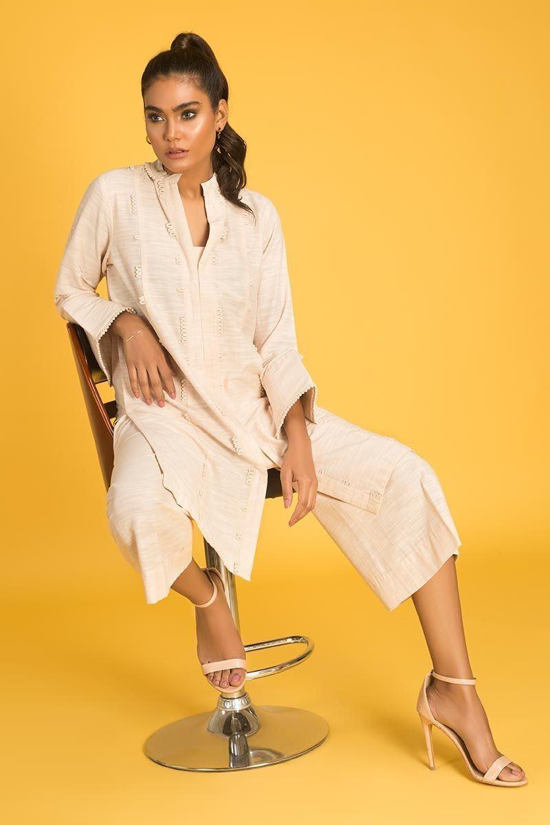 /2020/06/gul-ahmed-ready-to-wear-2-pc-khaddar-outfit-ipw-19-25-image3.jpeg
