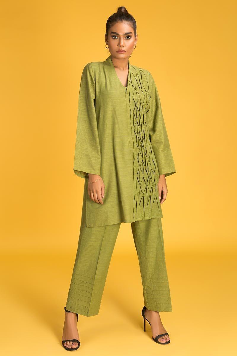 /2020/06/gul-ahmed-ready-to-wear-2-pc-khaddar-outfit-ipw-19-27-image2.jpeg