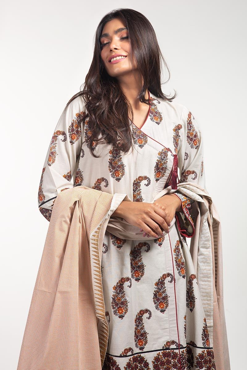 /2020/06/gul-ahmed-ready-to-wear-lawn-2-pc-outfit-ips-20-01-image1.jpeg