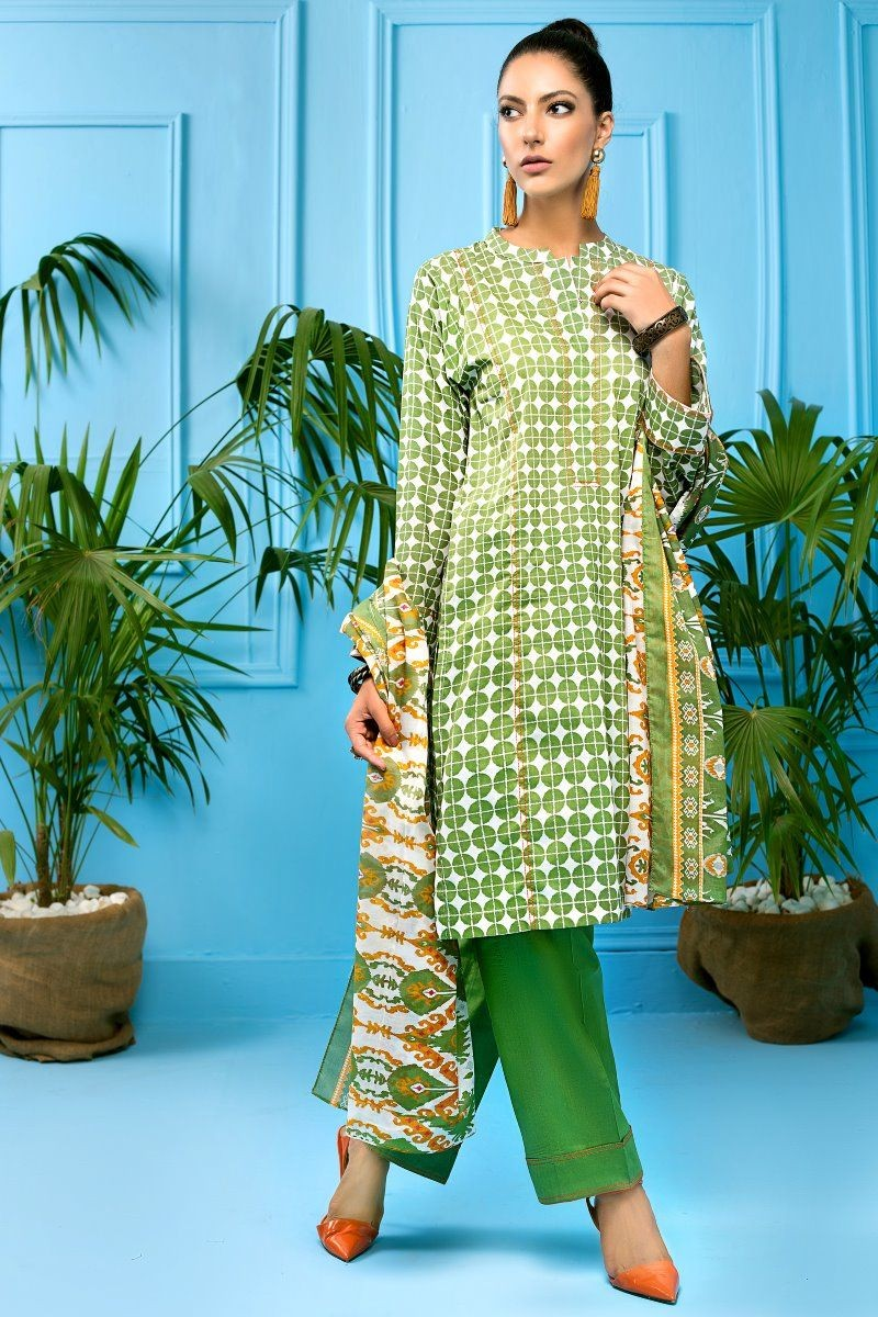 /2020/08/gul-ahmed-mid-summer-collection-3-pc-unstitched-printed-cambric-suit-cbn-114-a-image3.jpeg