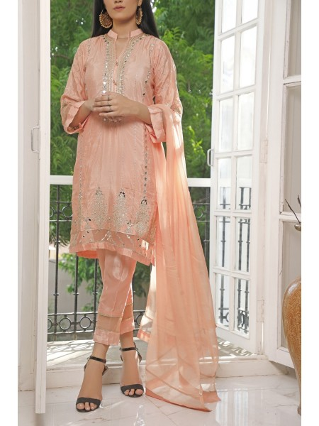 Aainahh Formals Ready to wear collection By Amna Khadija SK-0004