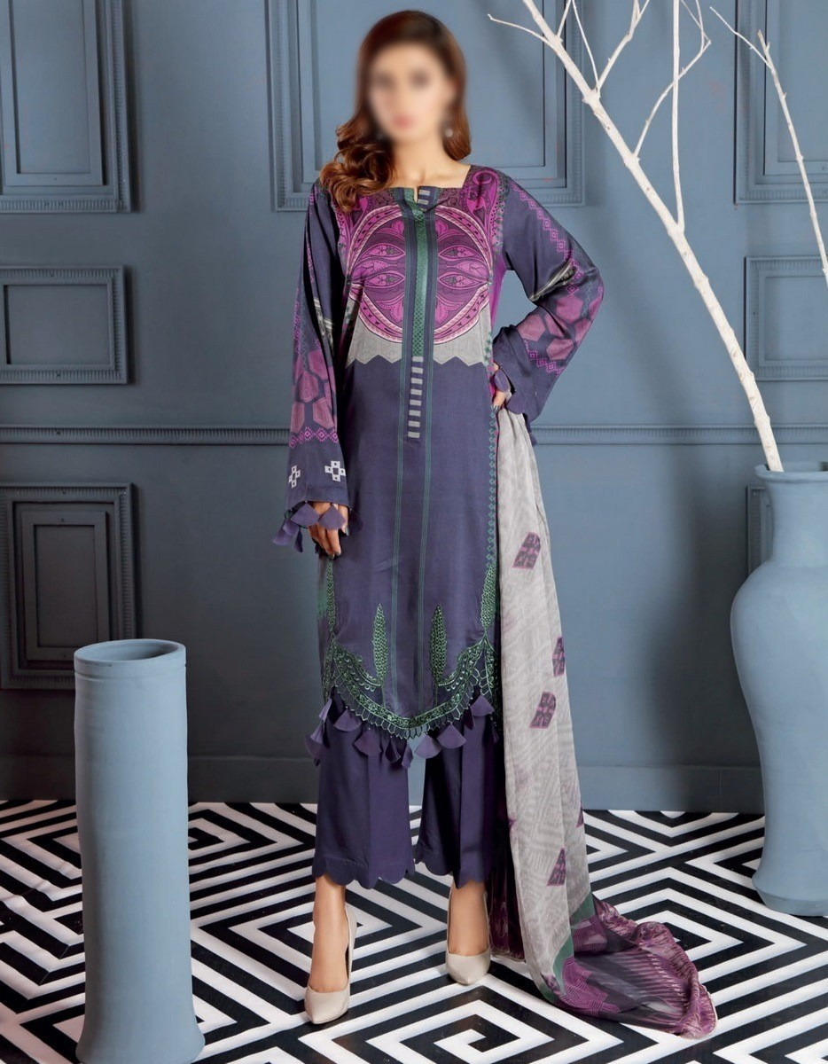 /2020/10/charizma-combination-embroidered-unstitched-linen-chapter-01-d-ccw-05-image1.jpeg