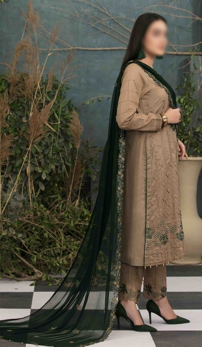 /2021/04/tawakkal-delia-lawn-embroidered-collection-d-d-1244-image2.jpeg