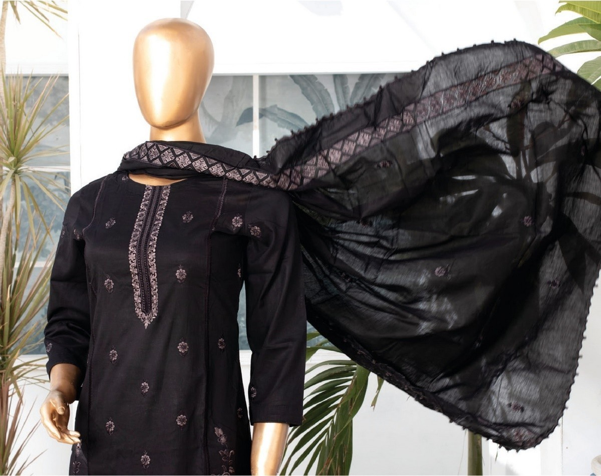 /2021/06/mtf-dastaan-black-white-embroidered-lawn-collection21-d01-image2.jpeg