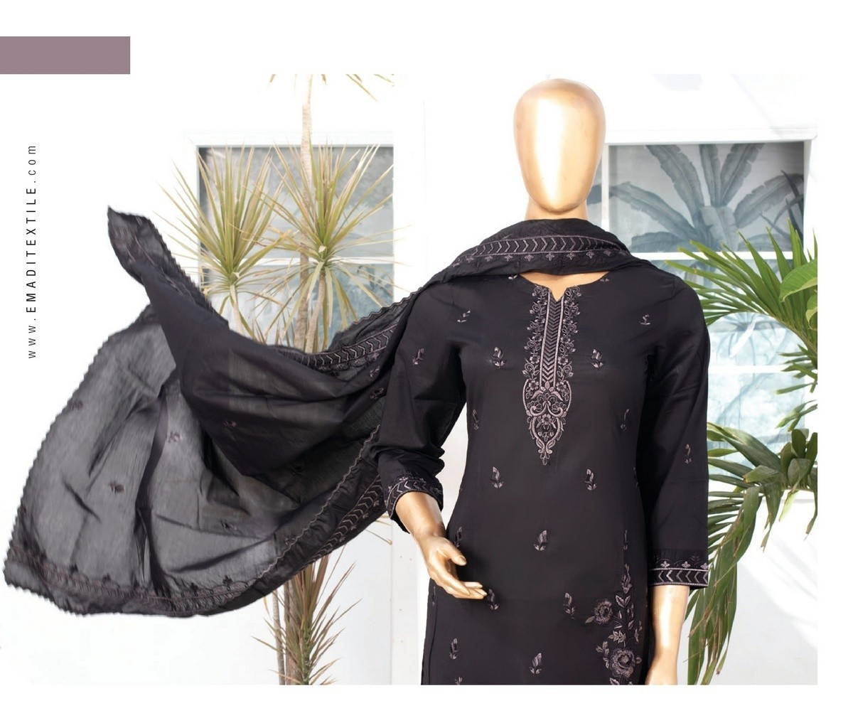 /2021/06/mtf-dastaan-black-white-embroidered-lawn-collection21-d04-image2.jpeg