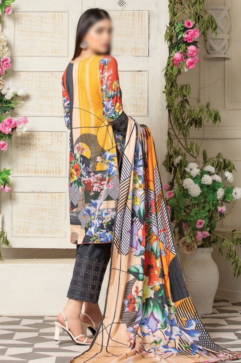 /2021/06/mtf-fuchsia-digital-printed-embroidered-lawn-collection-2021-d-design-06-image2.jpeg
