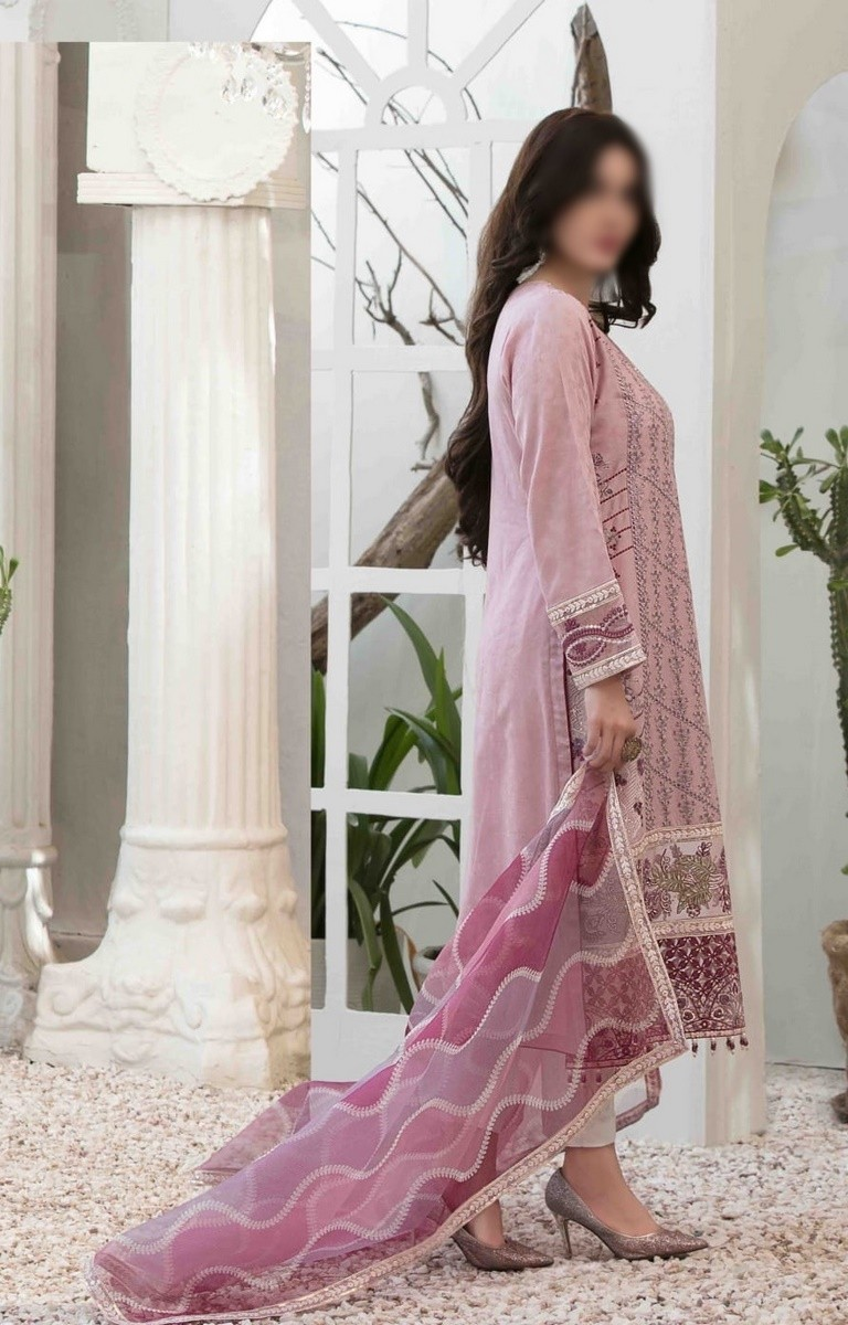 /2021/06/tawakkal-eira-embroidered-fancy-lawn-collection-d-1571-image2.jpeg
