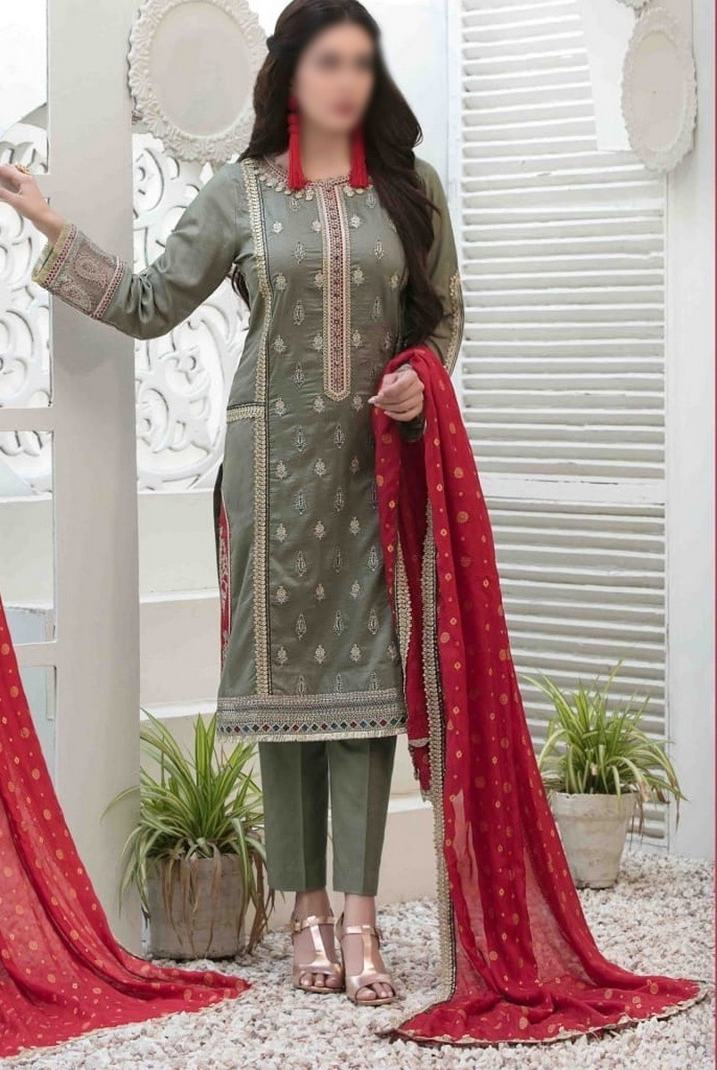 /2021/06/tawakkal-eira-embroidered-fancy-lawn-collection-d-1573-image1.jpeg