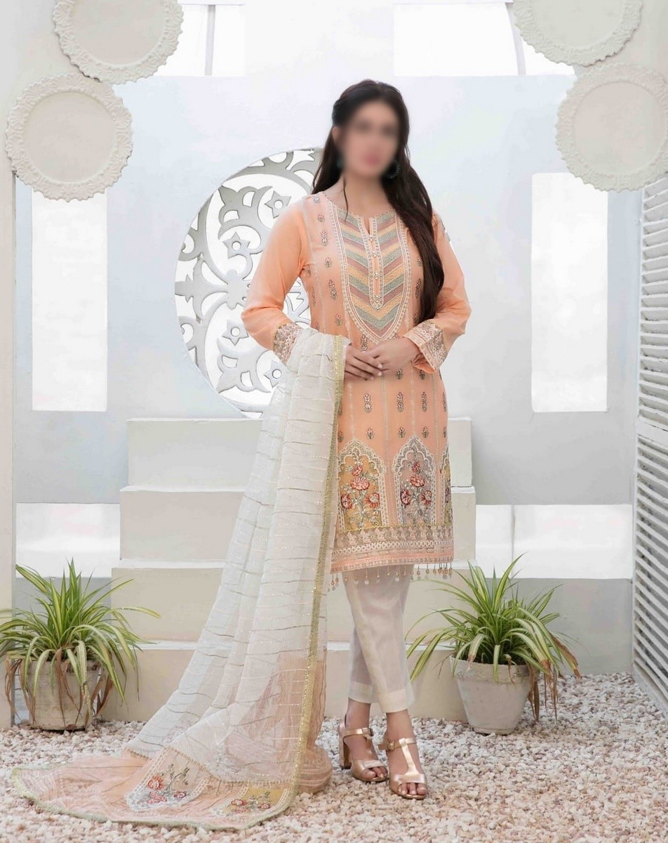 /2021/06/tawakkal-eira-embroidered-fancy-lawn-collection-d-1575-image2.jpeg
