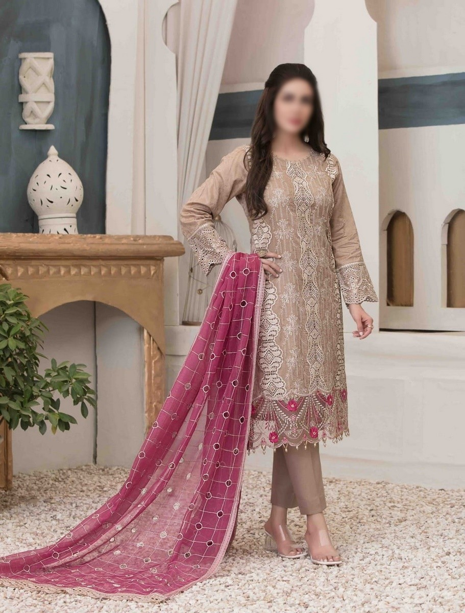 /2021/06/tawakkal-eira-embroidered-fancy-lawn-collection-d-1577-image1.jpeg