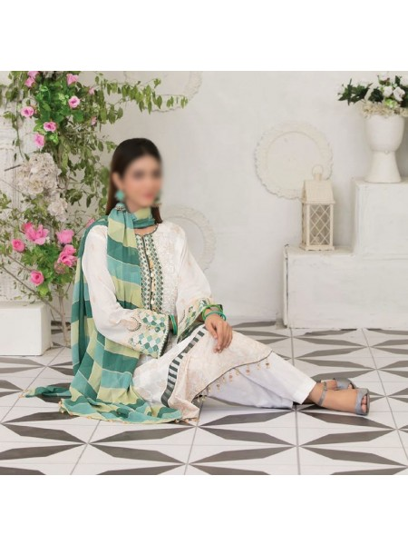 TAWAKKAL Raqami Digital Print And Embroidered Lawn Collection D-1617