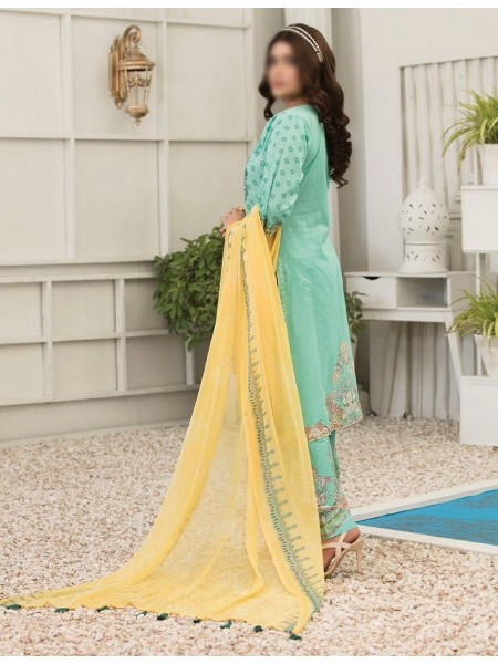 TAWAKKAL Esfir Lawn Digital Print and Embroiderey Collection D-1592