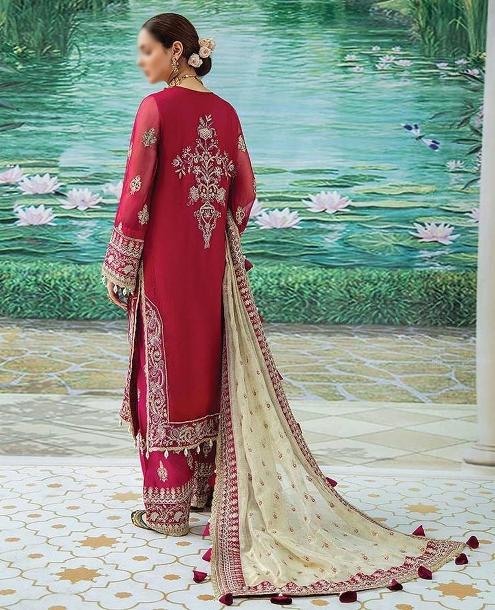 /2021/08/afrozeh-shehnai-wedding-formals'21-d-09-neloferi-image2.jpeg