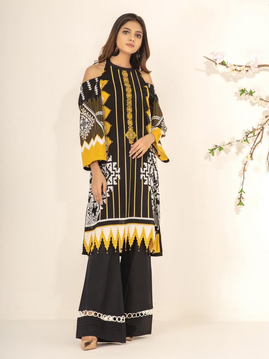 /2021/08/edenrobe-nayab-collection-ewu21v2-20533--black-golden--1-piece-image1.jpeg