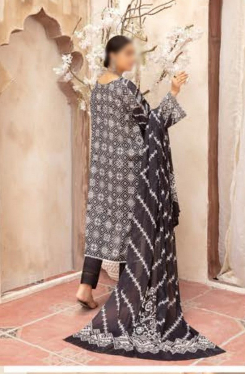 /2021/08/riaz-arts-mahees-black-and-white-collection-d-01-image2.jpeg